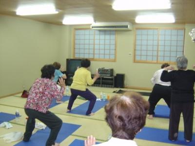 健康体操、4丁目会館にて練習開始