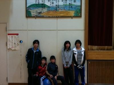 23年基礎tレ卒業記念撮影6年生