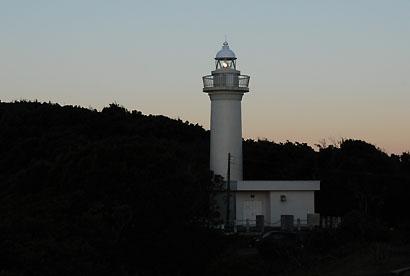 点灯中の太東埼灯台