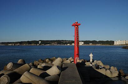 岩和田港防波堤灯台