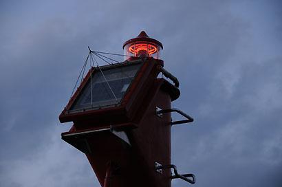小浦港西防波堤灯台