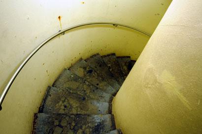 灯台内螺旋階段