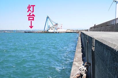 御前崎港防波堤C灯台