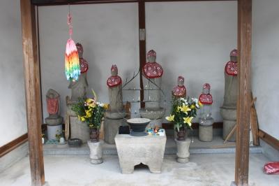 寺 永享11年(1439年)4月、諸国御礼修行の遊行上人が長阿弥公(親氏の... 松平観光協会か