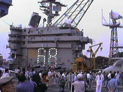 QV10Aニミッツ甲板