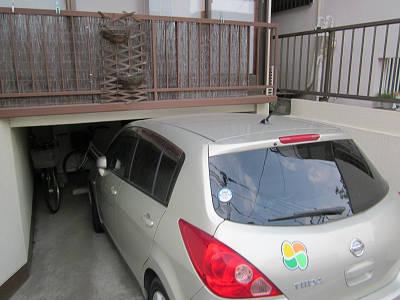 車高の低い車庫2