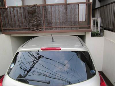 車高の低い車庫3