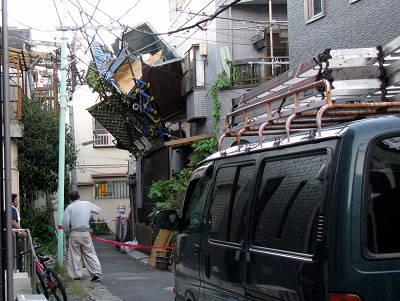 台風で飛んだベランダ1