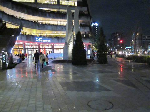 ソラマチ広場床面2