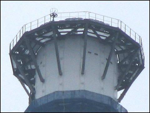 区役所からゲイン塔