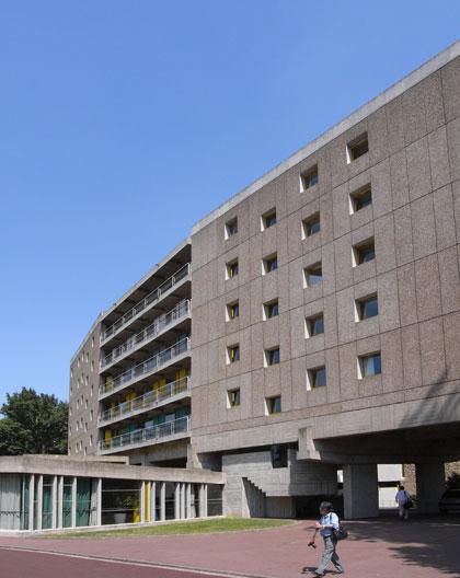 学生会館 コルビュジェ