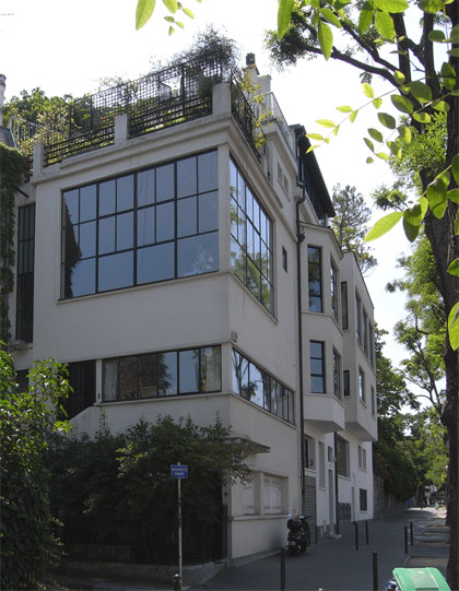 パリ コルビュジェ