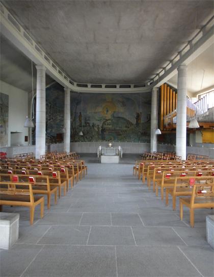森の墓地 礼拝堂