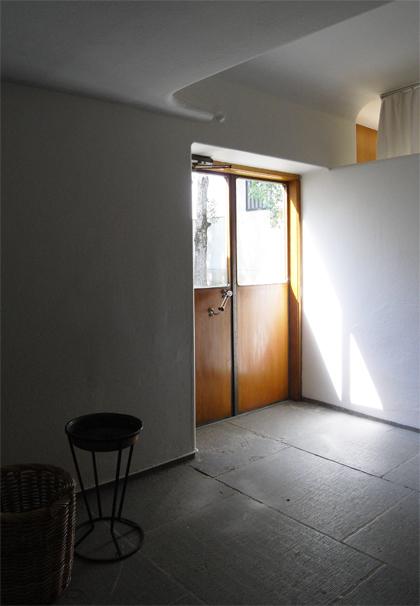 アスプルンド 待合室