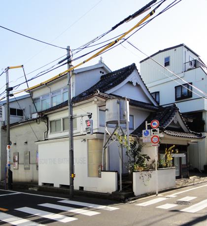 アート 名和晃平展 倉敷の建築設計事務所