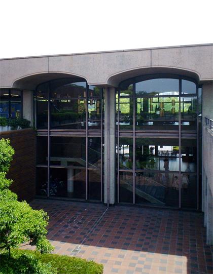 福岡市美術館 前川國男 岡山 設計事務所