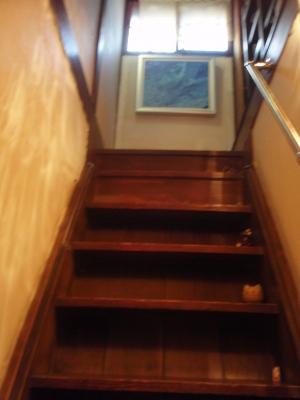 階段のぼって