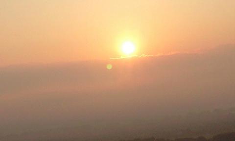 安曇野市ファインビュー室山からの朝日