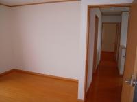 2階の居室から廊下