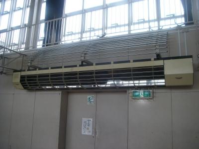 輻射暖房機