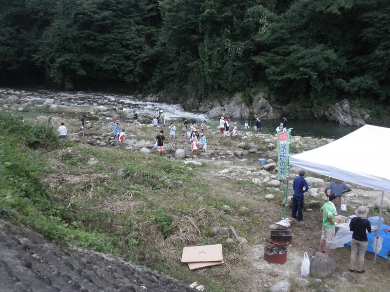 P807日本旅行川あそび.JPG
