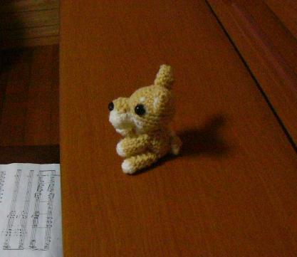 編み犬−横