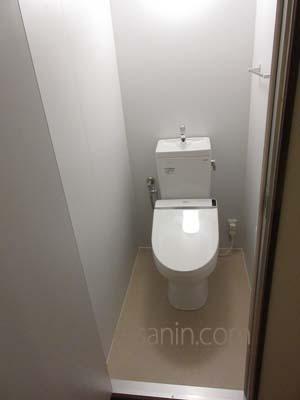 トイレユニット
