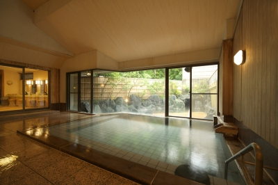 露天風呂直結の大浴場