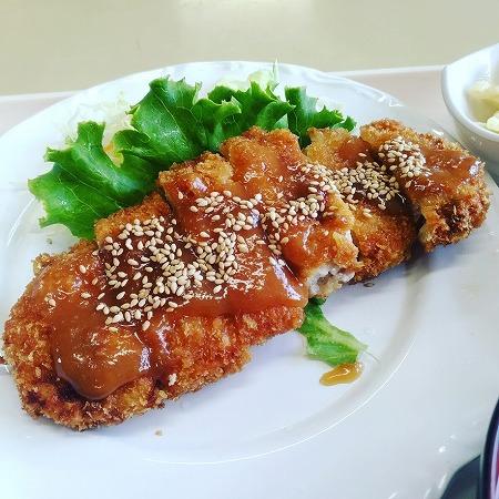 お昼の食べた味噌カツ