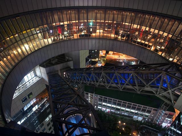 梅田スカイビル 空中庭園夜景
