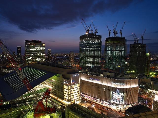 阪急32番街 夜景