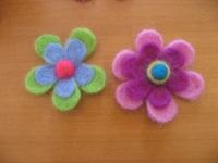 羊毛 しずくの花