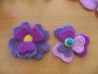 羊毛 ハートの花