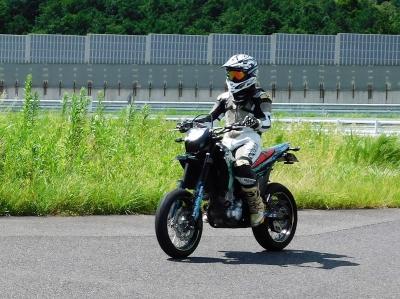 WR250X_袖ヶ浦フォレストレースウェイ13