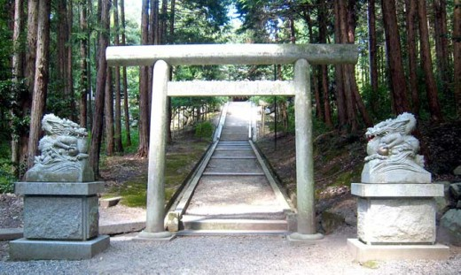 眞名井神社と龍.jpg
