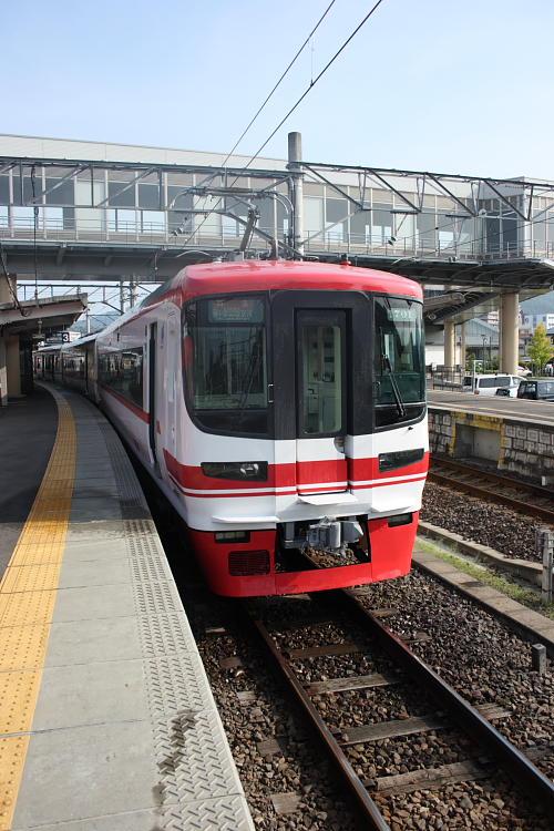 名鉄1700系新塗装