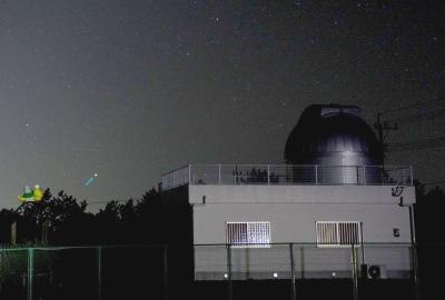 天文台とカノープス
