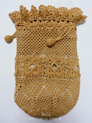 コイル編みモチーフの水筒カバー1