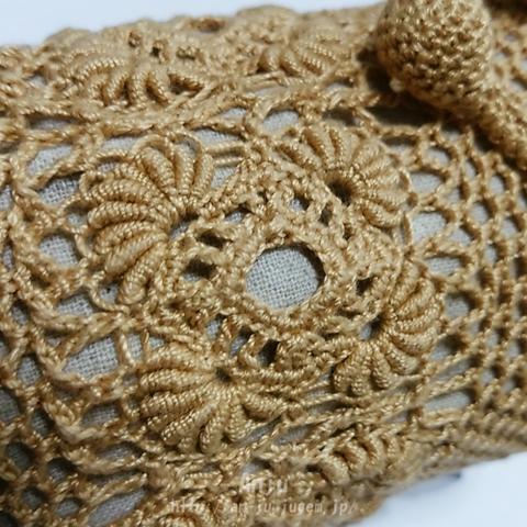 コイル編みモチーフの水筒カバー3