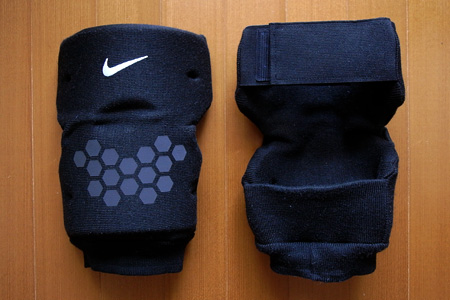 2010.08.07:Nike Protection Pad Knee Support / size M