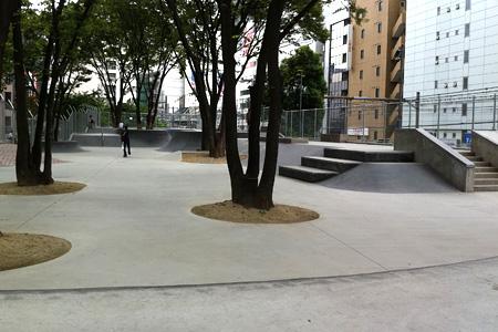 2011.08.03:みやしたこうえんスケートパーク(通称:ナイキパーク)全景