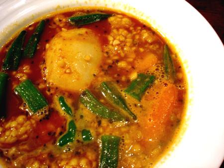 納豆とオクラのスープカレー
