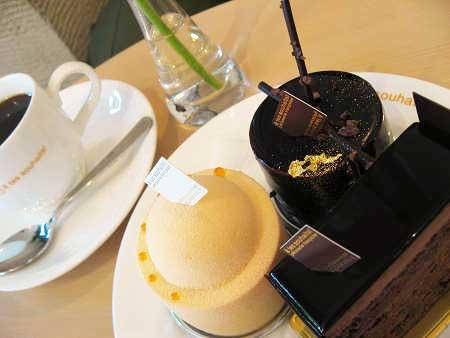 アテスウェイ アテスエ ケーキとコーヒー