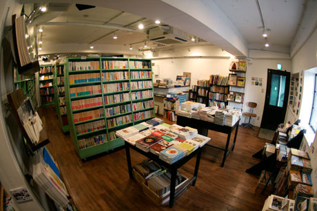 OLD / NEW SELECT BOOKSHOP「百年」 店内