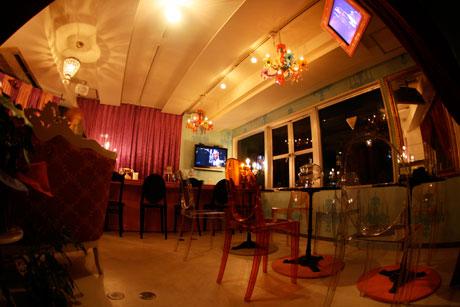 姫系 Cafe & Bar プチ・トリアノン オカマバー 吉祥寺