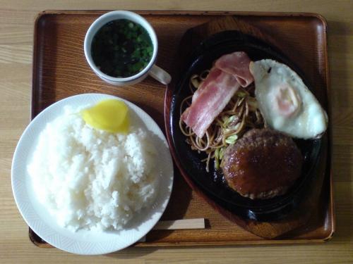 ハンバーグ定食1
