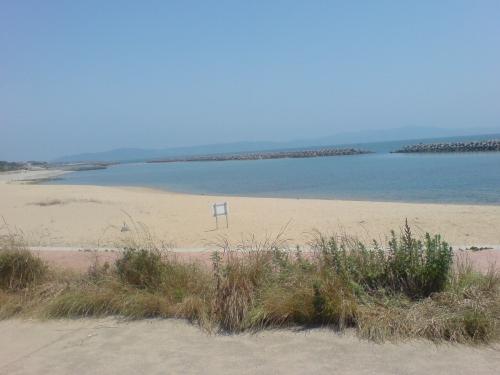 東二見海岸