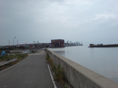 人工島西岸壁の様子