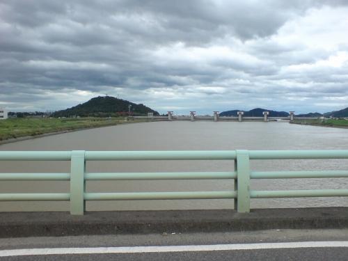 加古川は充分増水している