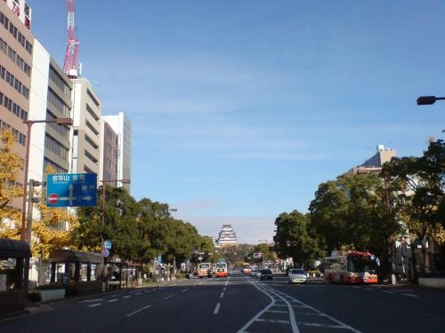 駅前通は姫路城へと続く…ちっちゃ!